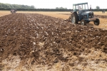 david-askew-on-his-1964-super-major-pulling-a-ransome-2-furrow-trailed-plough-2